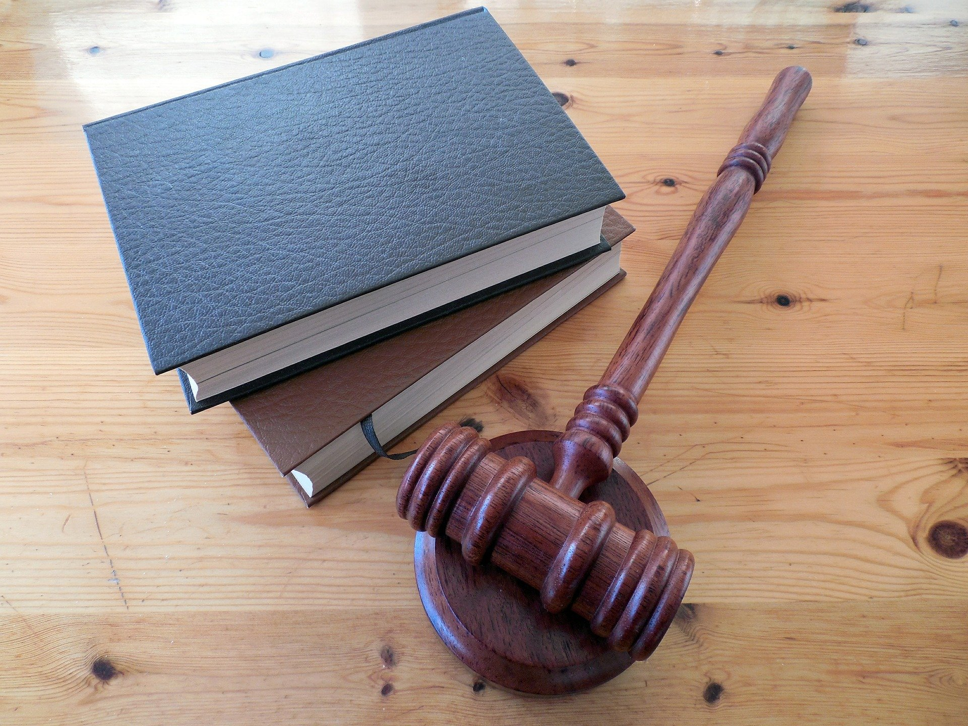 Outsourcing Legal Work - Growth Ladder for Legal Industry